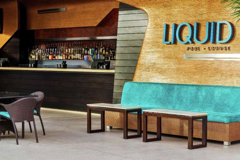 LIQUID Pool Lounge Las Vegas Bar