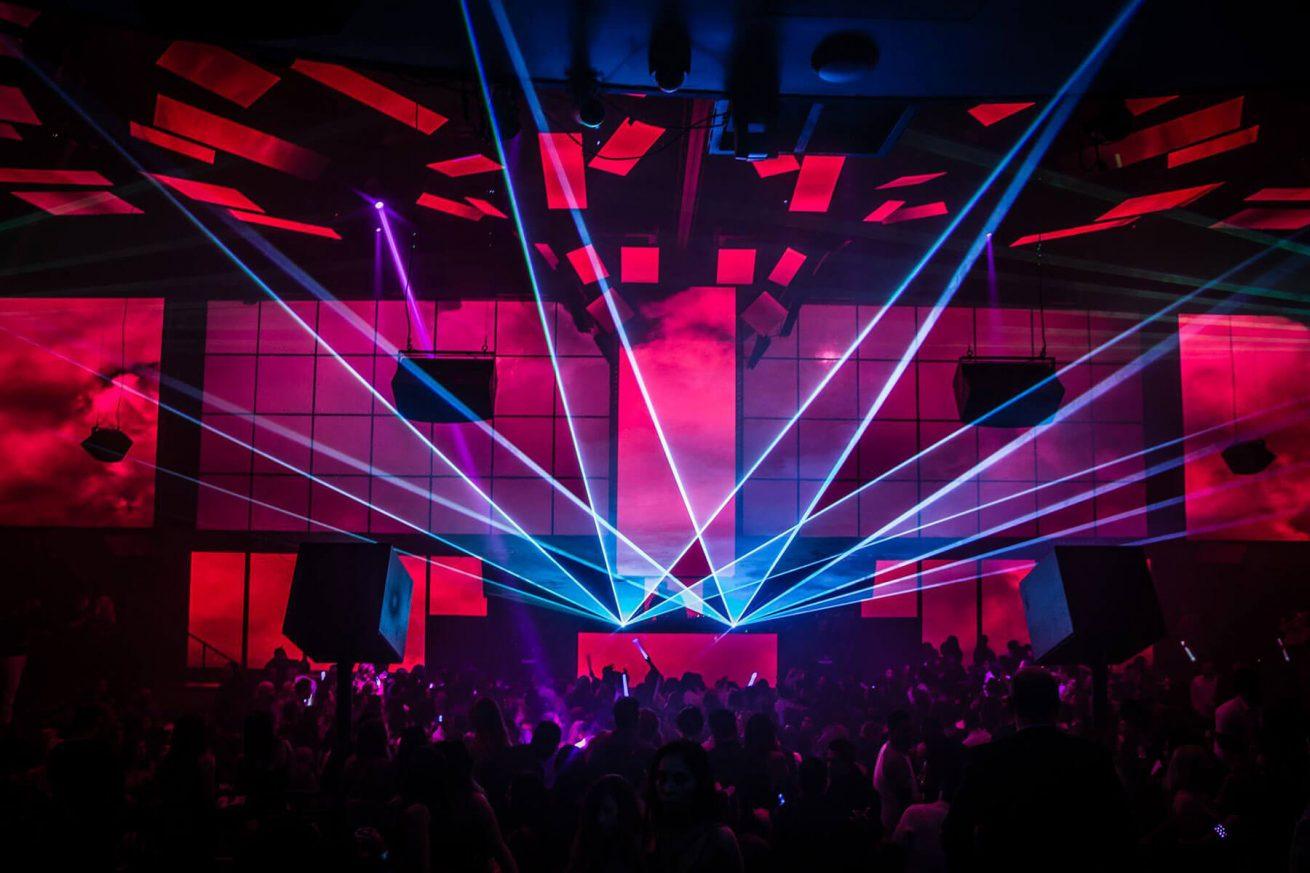 LIGHT Nightclub Las Vegas Dance Floor With Lasers